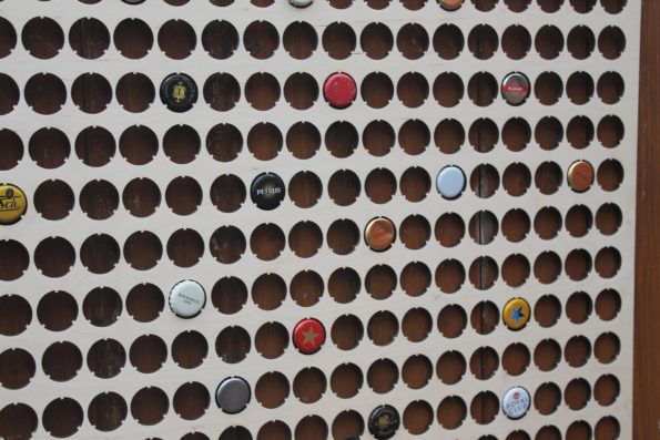 224-large-bottle-cap-holder-map-beercap-map-collection-gift-art-59d1ff8c2.jpg