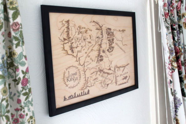 large-wooden-middle-earth-map-engraved-into-wood-lord-of-the-rings-map-59d201542.jpg