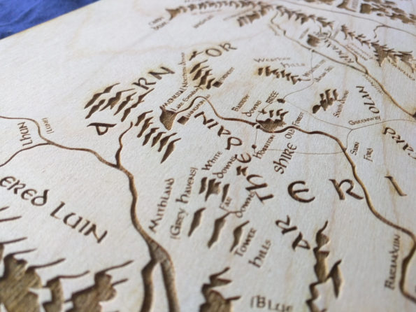large-wooden-middle-earth-map-engraved-into-wood-lord-of-the-rings-map-59d201543.jpg