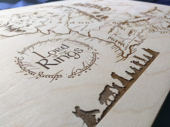 large-wooden-middle-earth-map-engraved-into-wood-lord-of-the-rings-map-59d201585.jpg